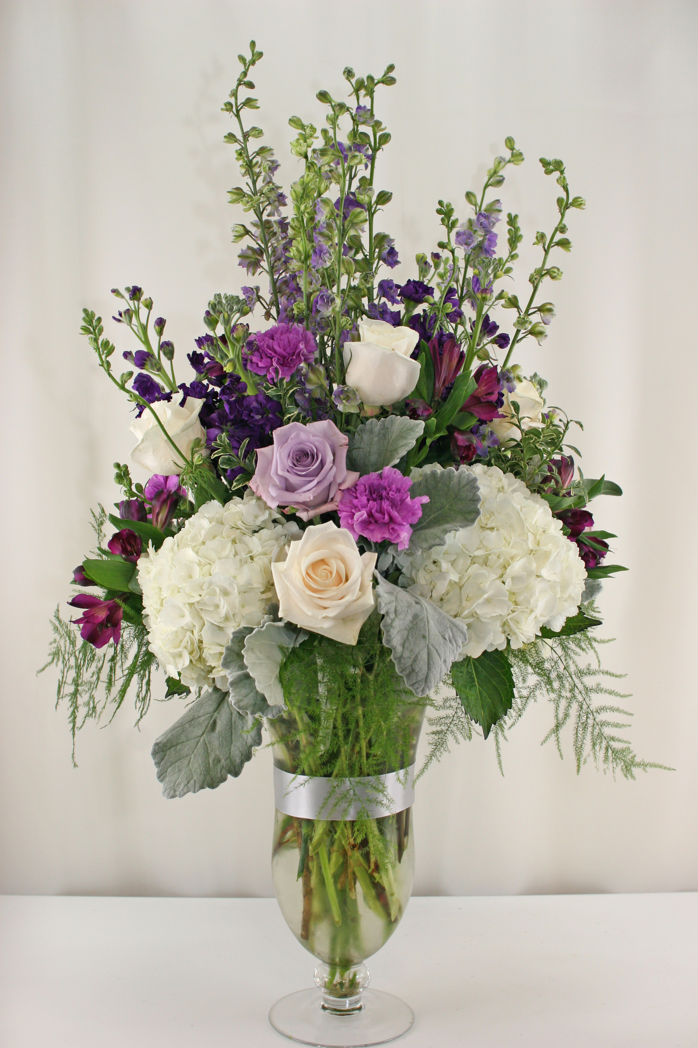RF1114-White, Purple, and Lavender Chic Garden Tall Centerpiece