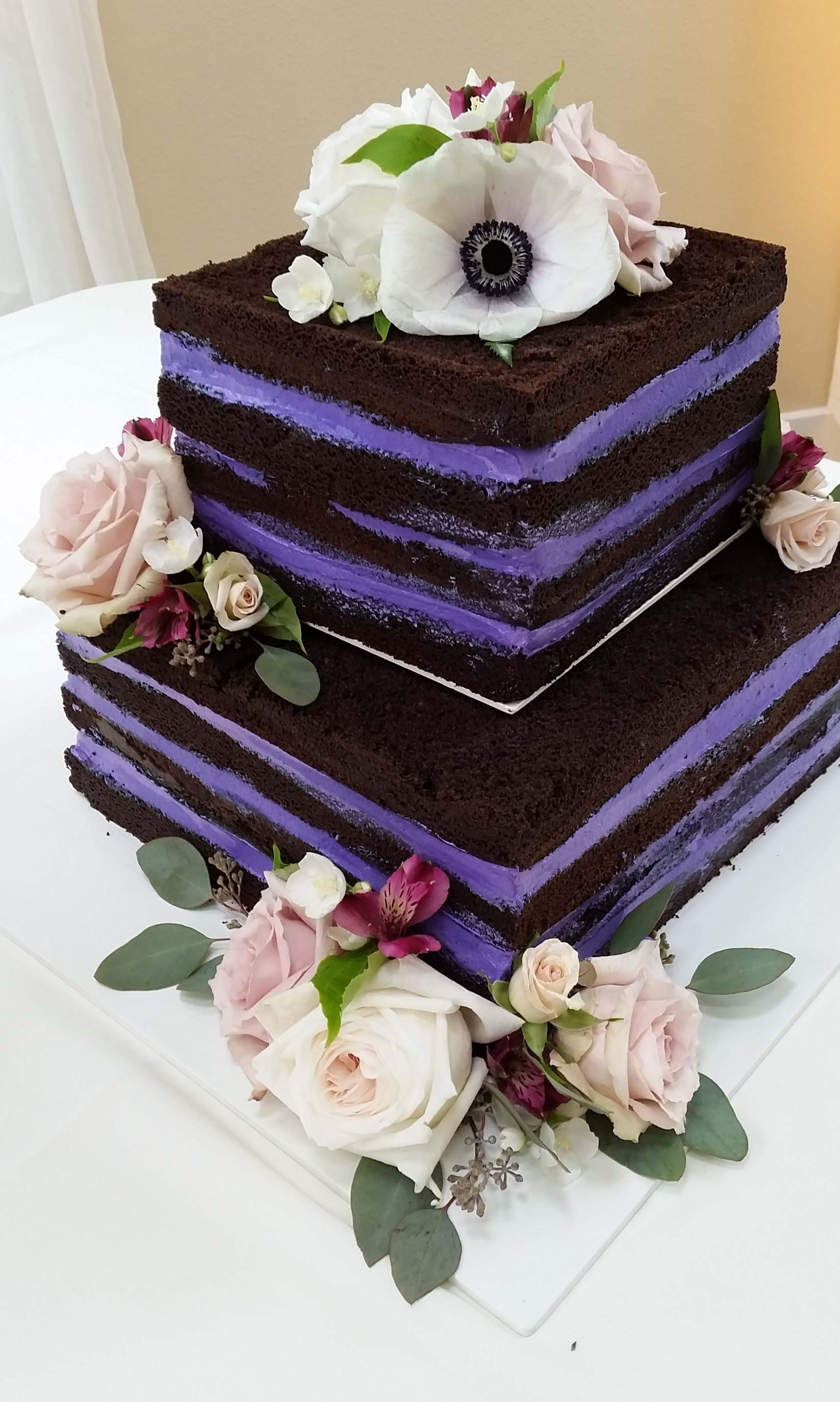 CA0171-Naked Cake with Fresh Flowers