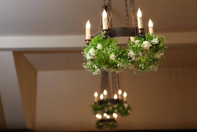FT0720-Chandelier Garland, Greenery, Babys Breath and White Roses